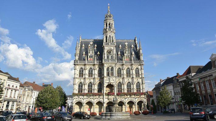 Mái nhà trong kiến trúc Gothique
