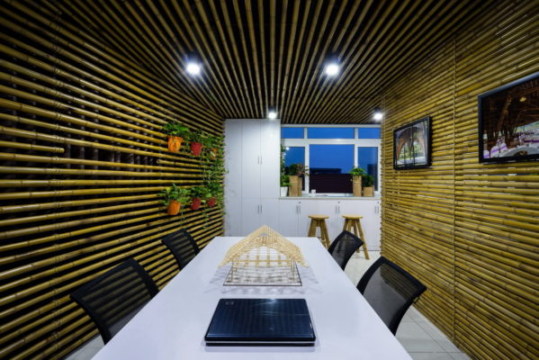 Bamboo ceiling (6)